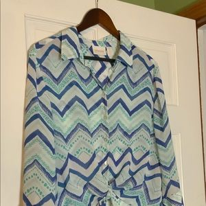 Chico's size 2 sheer top in zig zag pattern. Blue and Green. Ties in front.